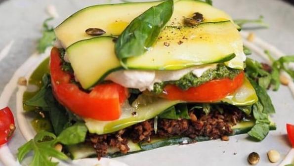 Lasagnes crues de courgettes par Koko Green - restaurant vegan de la Côte d'Azur